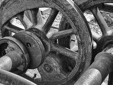 Free Steel Wheels Abstract Stock Photography - 19369102