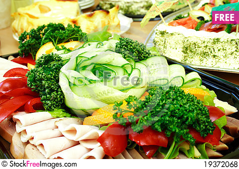Free Close View Of Sliced Vegetable And Ham Royalty Free Stock Photos - 19372068