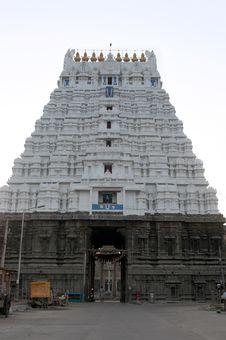 Free Varadaraja Perumal Temple Royalty Free Stock Photo - 19371935
