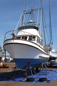 Free Boat Repairs, Astoria OR. Royalty Free Stock Photography - 19372607