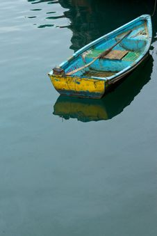 Free Boat In Sea Royalty Free Stock Photo - 19378625