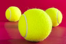 Free Tennis Balls Stock Photos - 19385043