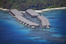 Free Overhead Water Villas Royalty Free Stock Photography - 19385587