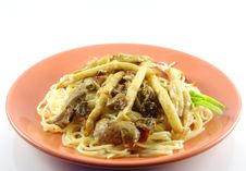Free Spaghetti With Sauce Of Mushrooms Stock Image - 19392791