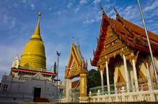 Free Golden Pagodas And Churches Stock Photography - 19394432