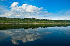 Free Cloudscape Over Lake Royalty Free Stock Image - 19397356
