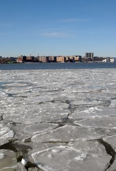 Free Ice On The Hudson Royalty Free Stock Images - 1940609