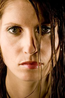 Free Young Woman With Wet Hair Royalty Free Stock Images - 1942529