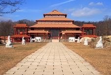 Free Buddhist Temple Royalty Free Stock Photo - 1944785