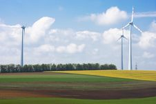 Free Wind Farm Royalty Free Stock Images - 19403429