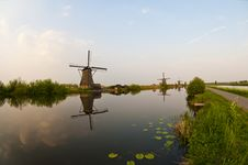 Free Windmills In Kinderdijk, Netherlands Stock Images - 19404034