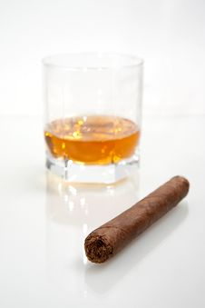 Free Cigar And Whiskey Stock Photography - 19406292