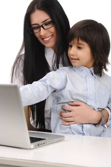 Free Happy Mother And Son On Laptop Stock Images - 19407744