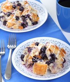 Free Blueberry Bread Pudding Royalty Free Stock Images - 19409199