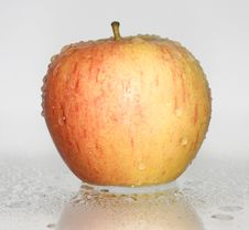 Free Red Apple Royalty Free Stock Photography - 19410977