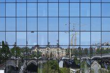 Free Facade Reflection City Stock Photos - 19416293