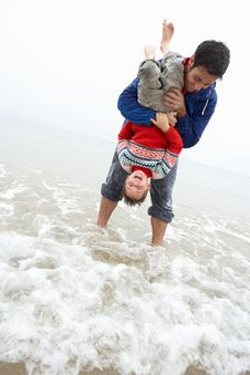 Happy Father With Son On Beach Royalty Free Stock Image