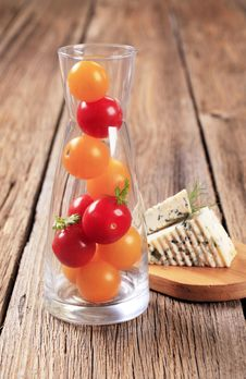 Cherry Tomatoes And Blue Cheese Royalty Free Stock Photos