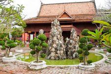 Free Thai Style Resort Royalty Free Stock Photo - 19423295