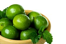 Free Fresh Limes In Wooden Bowl Royalty Free Stock Image - 19423936