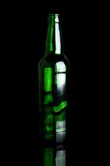 Free Green Glass Bottle Royalty Free Stock Photo - 19424095