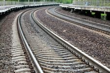 Free Tracks With A Bend Royalty Free Stock Image - 19427476