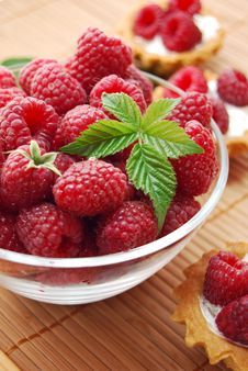 Free Raspberries In Glass Bowl And Muffins Stock Photography - 19429342