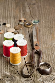 Scissors, Threads And Buttons Royalty Free Stock Images