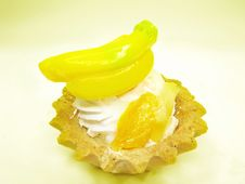 Free Sweet Fancy Cake With Banana Fruit Stock Photography - 19435952