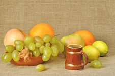 Free Fruit Different, Wine Royalty Free Stock Photos - 19436408