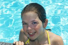 Free Young Smiling Girl In The Pool Stock Photography - 19437962