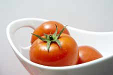 Free Fresh Tomatoes Royalty Free Stock Photo - 19438395