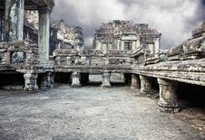 Free Angkor Wat Royalty Free Stock Photo - 19441495