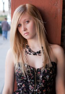 Free Pretty Blond Teenager Downtown Royalty Free Stock Image - 19444936