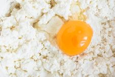 Free Egg On Curds Royalty Free Stock Photo - 19449815