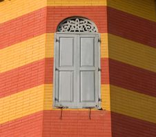 Free Window On Brick Wall Royalty Free Stock Photos - 19450418