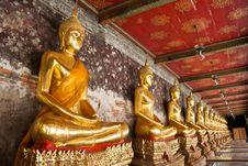 Free Buddhist Gold Statue Stock Photography - 19455492