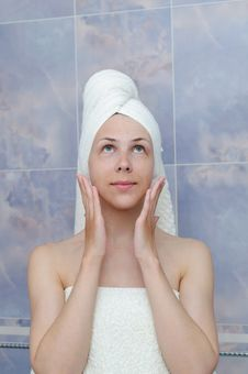 Free Woman After Bath Royalty Free Stock Photos - 19456298