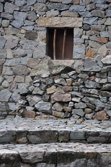 Free Small Window On Stone Wall Royalty Free Stock Photo - 19459715