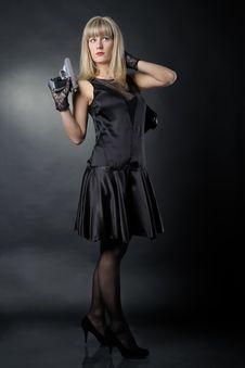Free Gangster Woman Royalty Free Stock Photography - 19462097