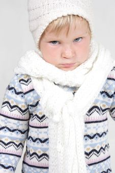 Free Cute Toddler In Winter Clothes Royalty Free Stock Photos - 19464128