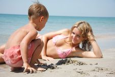 Free Mother And Son On Beach Stock Photos - 19464293