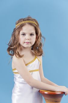 Free Beautiful Girl In The Dress Of The Goddess Royalty Free Stock Images - 19468579