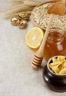 Free Plate Of Oat, Honey And Healthy Food On Sack Stock Photography - 19472822