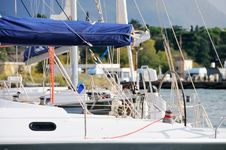 Free Sailing Yacht Stock Photo - 19473200