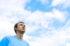Free The Young Man Looks At The Blue Sky Royalty Free Stock Image - 19473716