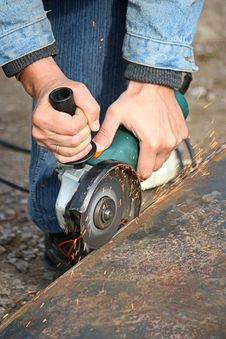 Free A Grinding Wheel Cuts A Metal Royalty Free Stock Photography - 19479067