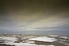 Free Ice Floe In The Sea. Royalty Free Stock Image - 19480826