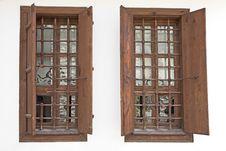 Free Wooden Windows Royalty Free Stock Photos - 19481808
