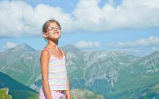 Free Girl Looking At The Mountains Stock Photos - 19484023